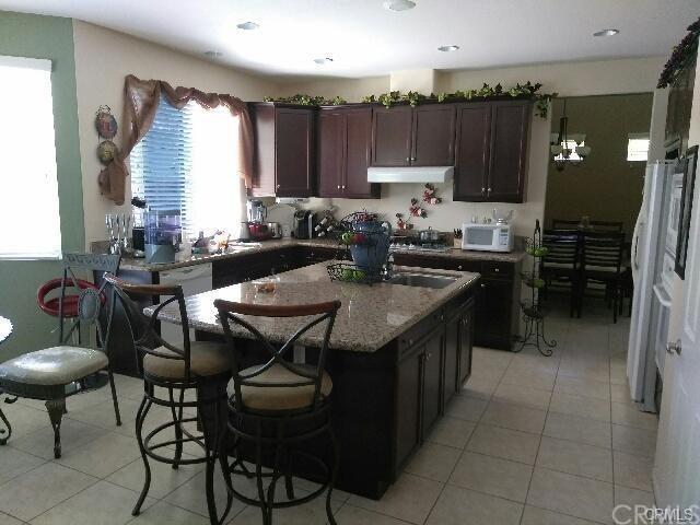 35865 Nonnie Drive, Wildomar, CA 92595 (#DW18055181) :: Kristi Roberts Group, Inc.