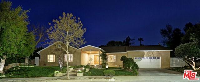 18820 La Amistad Place, Tarzana, CA 91356 (#18323570) :: Fred Sed Realty