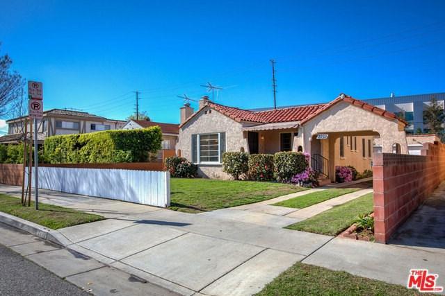 2232 20TH Street, Santa Monica, CA 90405 (#18323672) :: Erik Berry & Associates