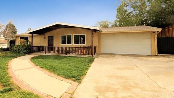 17206 Westbury Drive, Granada Hills, CA 91344 (#SR18060687) :: Realty Vault