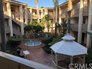 130 S Barranca Street #206, West Covina, CA 91791 (#TR18058048) :: The Avellan Group