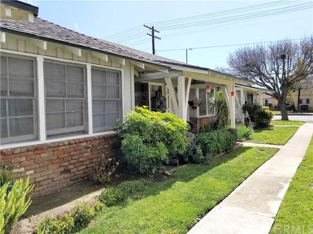 12817 Oxnard Street, North Hollywood, CA 91606 (#AR18058219) :: Z Team OC Real Estate