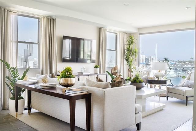 2230 Newport Boulevard #15, Newport Beach, CA 92663 (#NP18059958) :: DiGonzini Real Estate Group