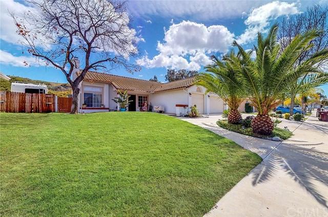39914 Ranchwood Drive, Murrieta, CA 92563 (#SW18061030) :: RE/MAX Masters