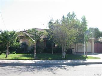 17461 Paine Street, Fontana, CA 92336 (#IV18061044) :: Mainstreet Realtors®