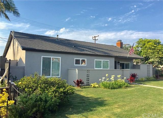 8441 Indianapolis Avenue, Huntington Beach, CA 92646 (#OC18044036) :: DiGonzini Real Estate Group