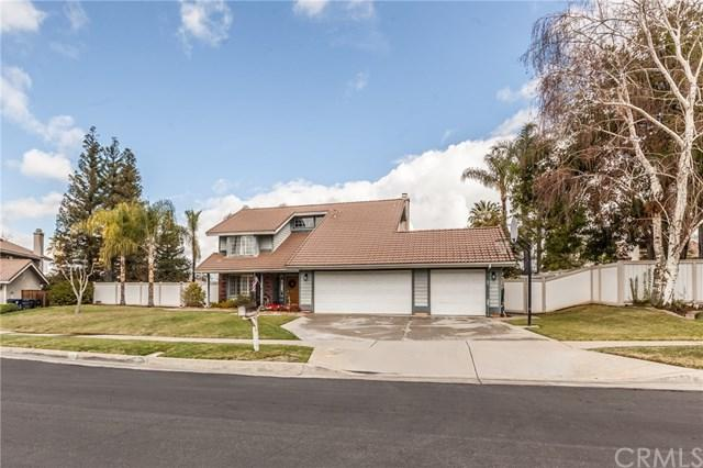 216 Gabrielle Way, Redlands, CA 92374 (#EV18061068) :: Z Team OC Real Estate