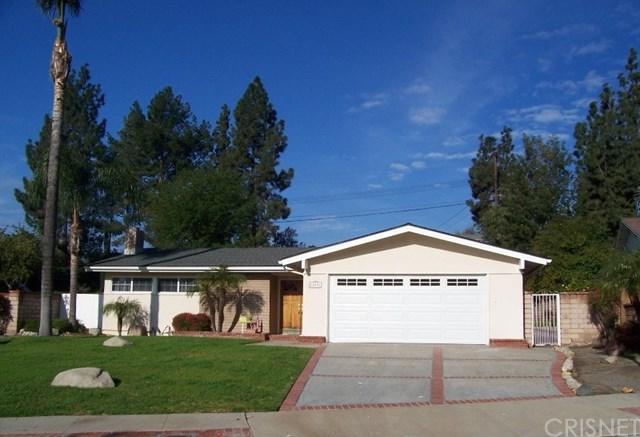 12031 Gothic Avenue, Granada Hills, CA 91344 (#SR18061199) :: Realty Vault