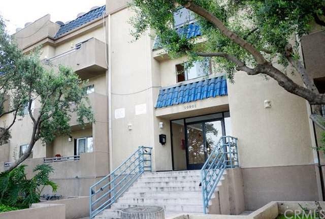10901 Laurel Canyon Boulevard #206, San Fernando, CA 91340 (#PF18061216) :: Fred Sed Realty