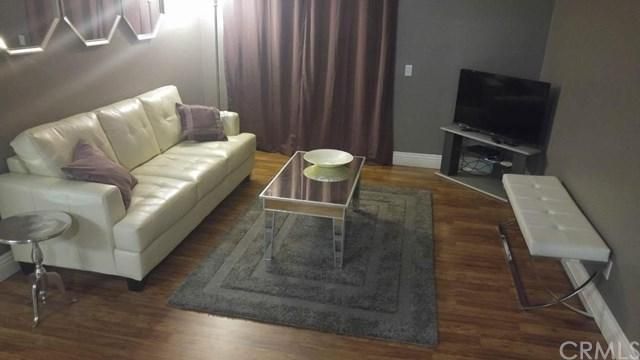 2550 San Gabriel Way #204, Corona, CA 92882 (#OC18061152) :: Z Team OC Real Estate