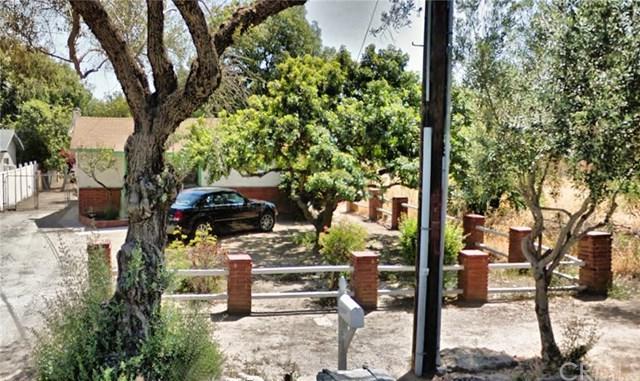 149 N Vicentia Avenue, Corona, CA 92882 (#IG18061292) :: Z Team OC Real Estate