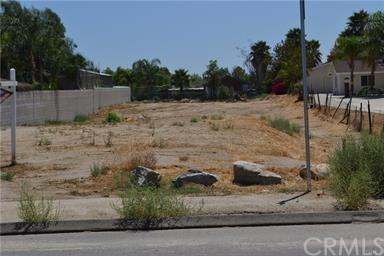 0 Martin -Parcel # 318110002, Perris, CA  (#PW18061482) :: Z Team OC Real Estate
