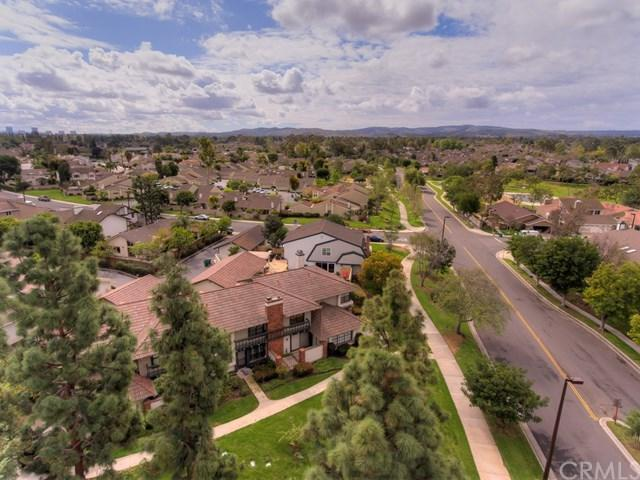 93 W Yale #4, Irvine, CA 92604 (#OC18061511) :: Fred Sed Realty