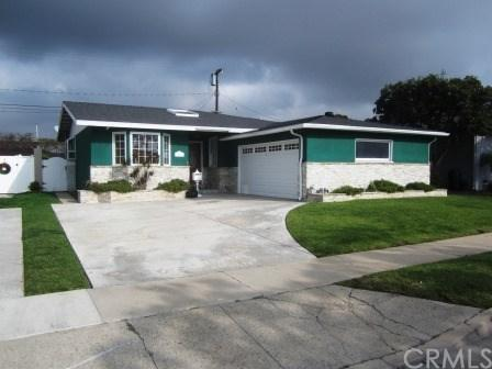 5241 W 138th Place, Hawthorne, CA 90250 (#SB18061512) :: Erik Berry & Associates