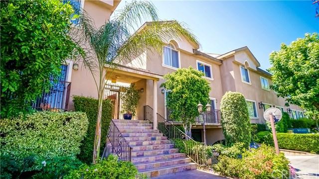 6525 Woodman Avenue #17, Van Nuys, CA 91401 (#SR18060601) :: RE/MAX Masters