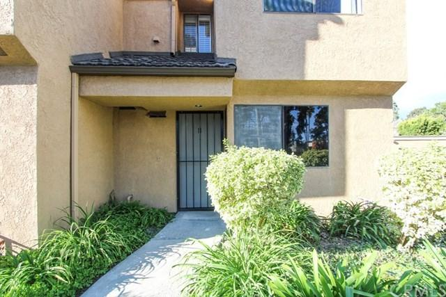 7851 Southlake Drive #11, Huntington Beach, CA 92647 (#OC18061676) :: DiGonzini Real Estate Group