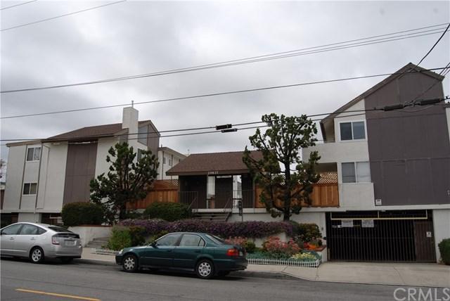 25837 Oak Street #118, Lomita, CA 90717 (#OC18061700) :: Lamb Network
