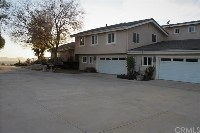 39480 Avenida De La Bandolero, Temecula, CA 92592 (#SW18061517) :: Kristi Roberts Group, Inc.