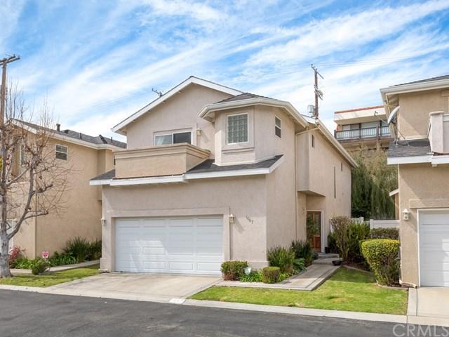 1067 W 11th Street, San Pedro, CA 90731 (#OC18061855) :: Lamb Network