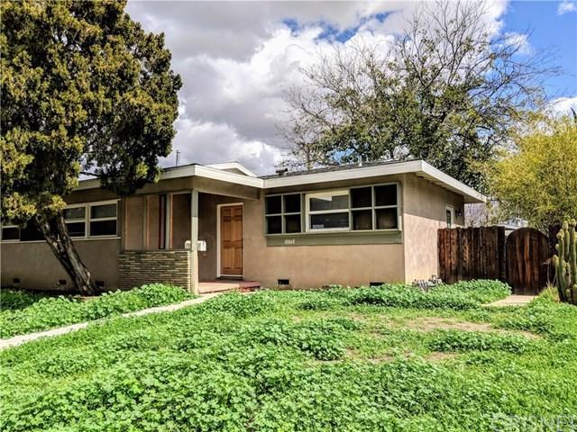 10868 Balboa Boulevard, Granada Hills, CA 91344 (#SR18061528) :: Realty Vault