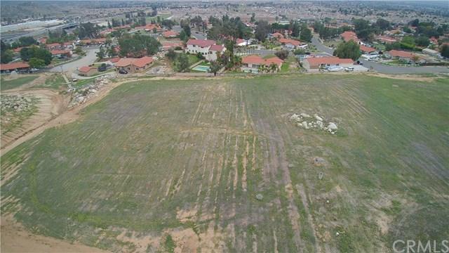 12155 Nason, Moreno Valley, CA 92555 (#SW18061948) :: RE/MAX Empire Properties