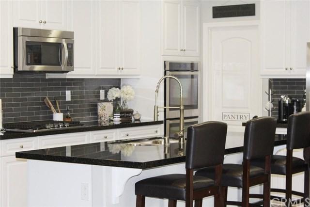 31812 Corte Los Feliz, Winchester, CA 92596 (#OC18061964) :: RE/MAX Empire Properties