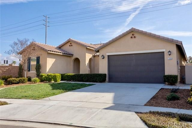 7120 Jantina Court, Eastvale, CA 92880 (#IG18062228) :: The Avellan Group