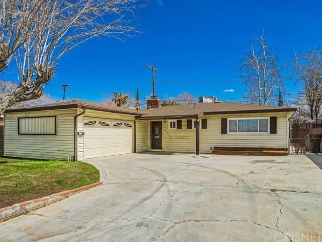 43752 Hardwood Avenue, Lancaster, CA 93534 (#SR18062292) :: The Avellan Group