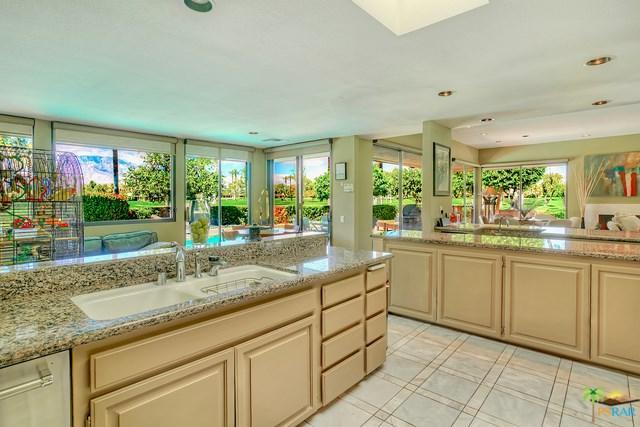 4 Brandeis Circle, Rancho Mirage, CA 92270 (#18323996PS) :: Realty Vault