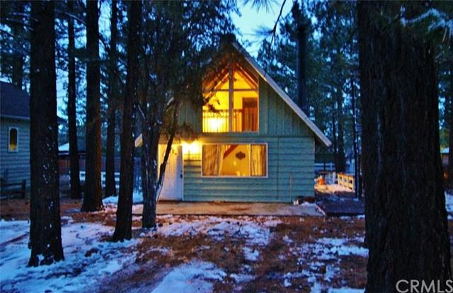 304 Downey Drive, Big Bear, CA 92314 (#EV18062309) :: The Darryl and JJ Jones Team