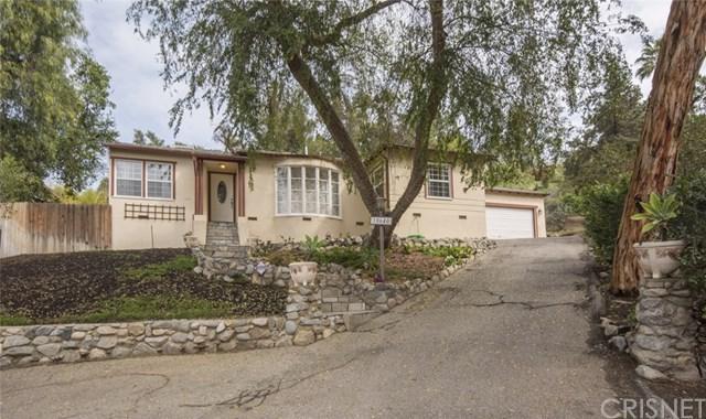 10640 La Canada Place, Shadow Hills, CA 91040 (#SR18058859) :: Barnett Renderos