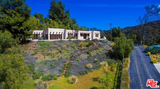 2084 Topanga Skyline Drive, Topanga, CA 90290 (#18324354) :: RE/MAX Masters