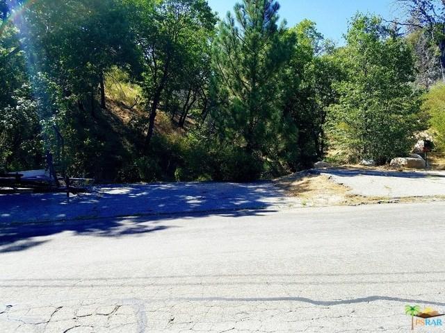 710 Sonoma Drive, Lake Arrowhead, CA 92352 (#18324570PS) :: RE/MAX Masters