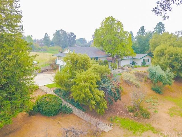 12703 Valley View Lane, Redlands, CA 92373 (#EV18062360) :: RE/MAX Masters