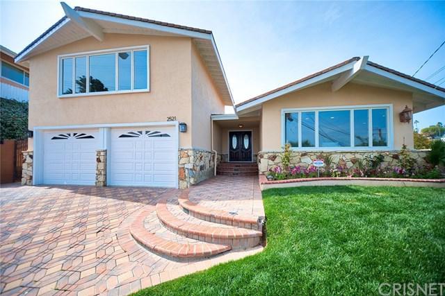 2521 Colt Road, Rancho Palos Verdes, CA 90275 (#SR18063020) :: Barnett Renderos