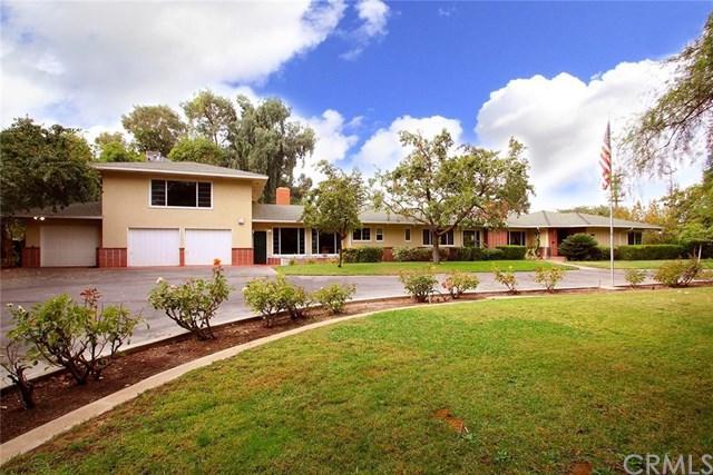 4377 N Palm Avenue, Fresno, CA 93704 (#FR18062293) :: Impact Real Estate