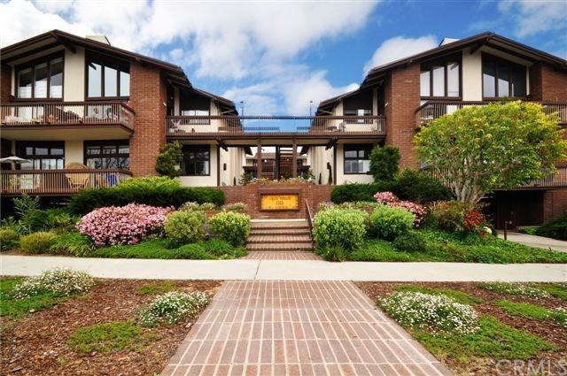 2322 W Palos Verdes Drive, Palos Verdes Estates, CA 90274 (#PV18041786) :: RE/MAX Empire Properties