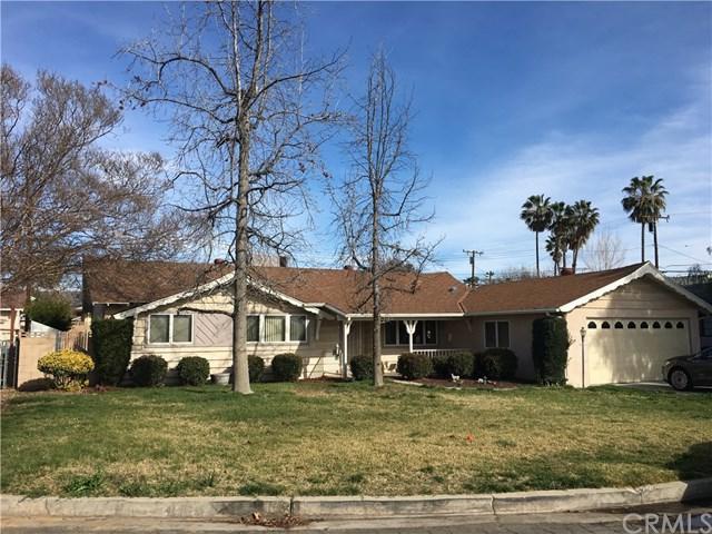 13581 Meadow Street, Yucaipa, CA 92399 (#EV18063226) :: RE/MAX Empire Properties
