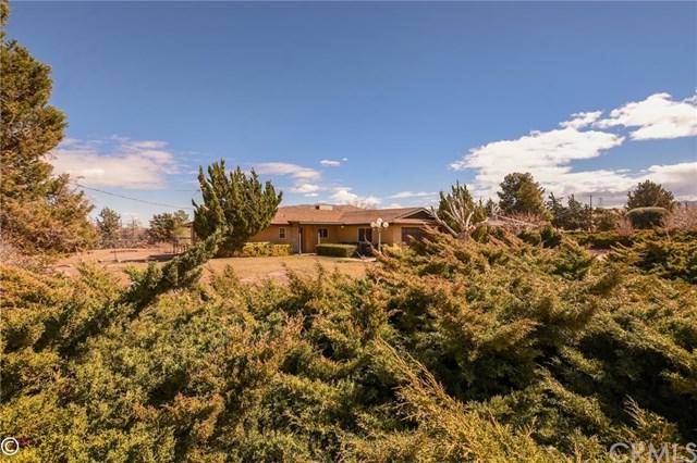 18420 Temecula Avenue, Hesperia, CA 92345 (#IV18044960) :: Berkshire Hathaway Home Services California Properties