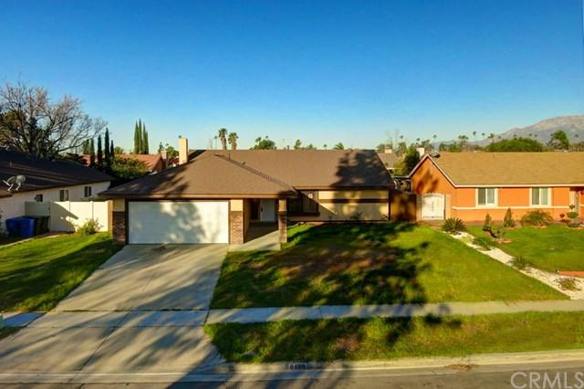 8860 Frankfort Street, Fontana, CA 92335 (#IV18063748) :: Z Team OC Real Estate