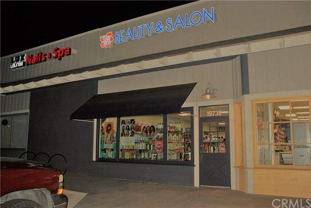 19738 Beach Boulevard, Huntington Beach, CA 92648 (#PW18063488) :: Scott J. Miller Team/RE/MAX Fine Homes