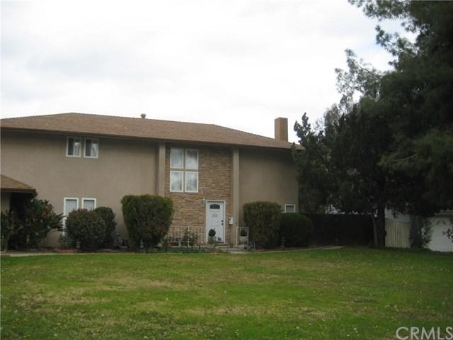 1320 W Fern Avenue, Redlands, CA 92373 (#EV18030886) :: The Darryl and JJ Jones Team