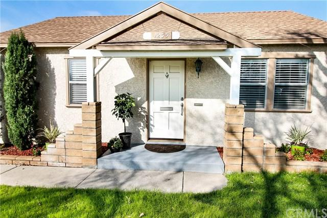 1235 N Beachwood Drive, Burbank, CA 91506 (#BB18054597) :: The Ashley Cooper Team
