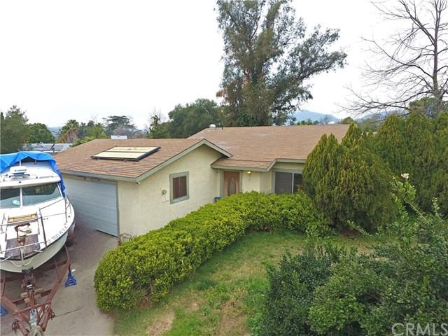 2355 El Sereno Avenue, Altadena, CA 91001 (#CV18064889) :: The Darryl and JJ Jones Team