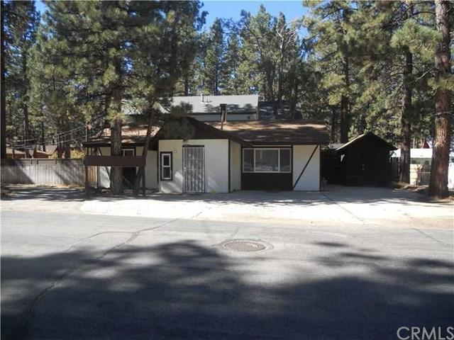801 W Rainbow Boulevard, Big Bear, CA 92314 (#EV18065163) :: The Darryl and JJ Jones Team