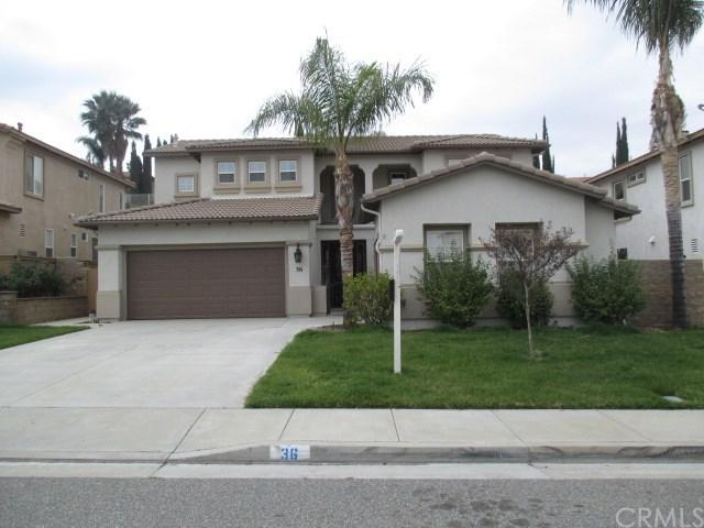 36 Vista Toscana, Lake Elsinore, CA 92532 (#SW18064294) :: The Darryl and JJ Jones Team