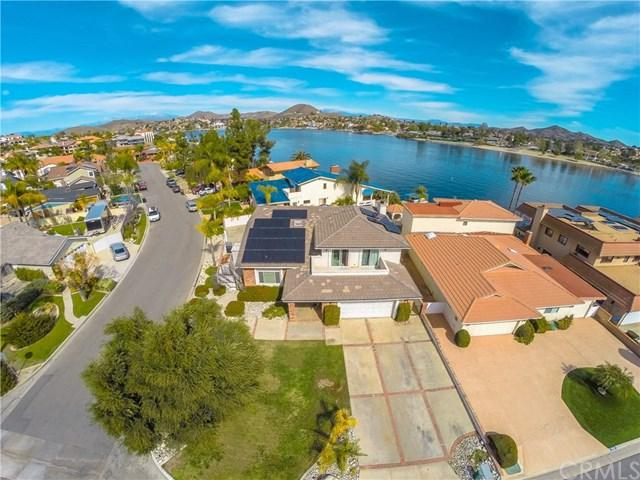 29870 Longhorn Drive, Canyon Lake, CA 92587 (#SW18065906) :: Dan Marconi's Real Estate Group