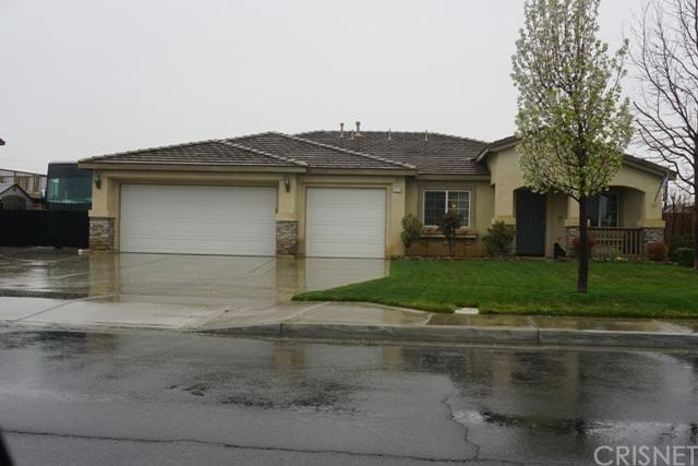 1828 Marion Avenue, Lancaster, CA 93535 (#SR18066091) :: The Darryl and JJ Jones Team