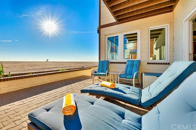 514 W Oceanfront, Newport Beach, CA 92661 (#SW18066343) :: UNiQ Realty