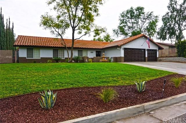 17010 Via Los Caballeros, Riverside, CA 92504 (#PW18066560) :: Dan Marconi's Real Estate Group